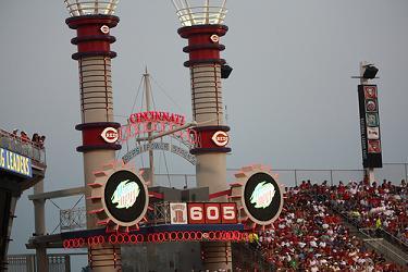 Great American Ballpark, Pepsi Power Stacks